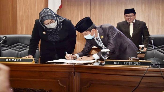 Catatan DPRD Kabupaten Bogor Atas LKPJ Bupati Bogor, Terbitkan Moratorium Perizinan Minimarket