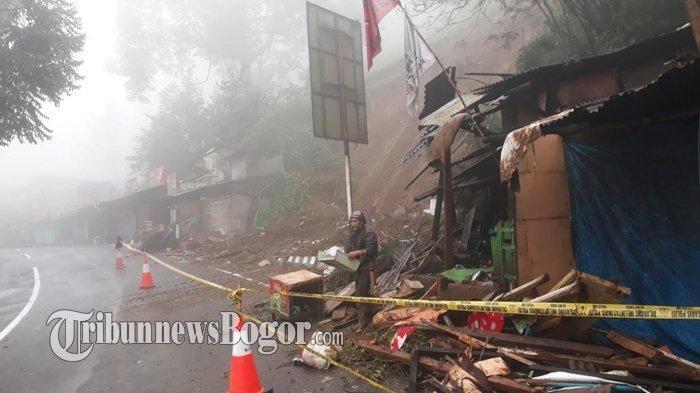 Hujan Deras Akibatkan Tebing di Desa Citeko Puncak Bogor Longsor, 4 Rumah Tertimpa Reruntuhan