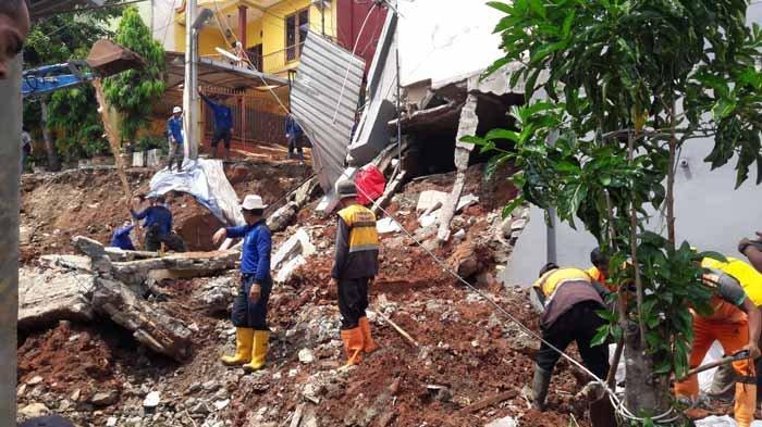 Lokasi Rawan Tanah Longsor di Jakarta Timur  Masuk dalam  Zona Dilarang Ada Hunian Warga