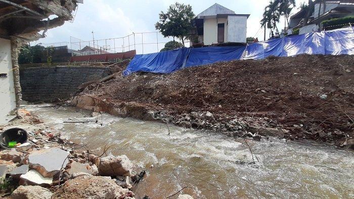 Banjir di Perumahan Nerada Estate Surut setelah Longsor Turap Perumahan Griya Satwika Telkom