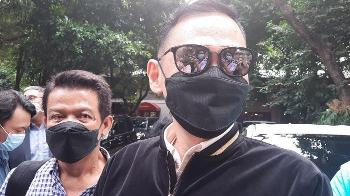 Lucky Alamsyah Jelaskan Kronologi Kecelakaan dengan Roy Suryo, Berujung Unggahan Kecewa di Medsos