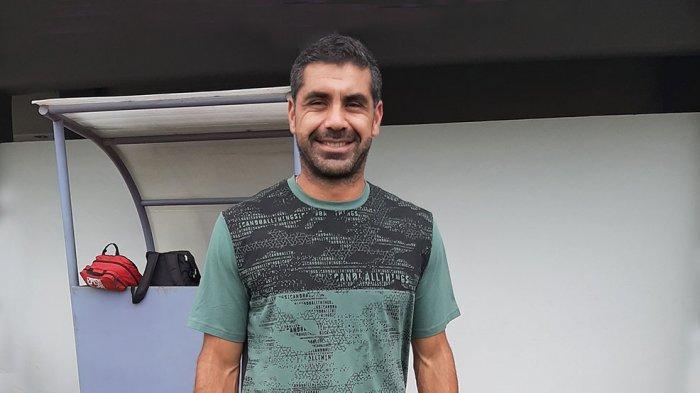 Luis Edmundo Pelatih Persita U-20 Akui Kesulitan Menerapkan Hasil Latihan karena Pro Elite Terhenti