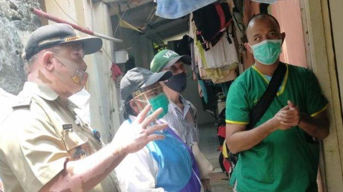 Tetangga Positif Covid-19, Secara Swadaya Warga Bukit Duri Bantu Suplai Makanan kepada Keluarga