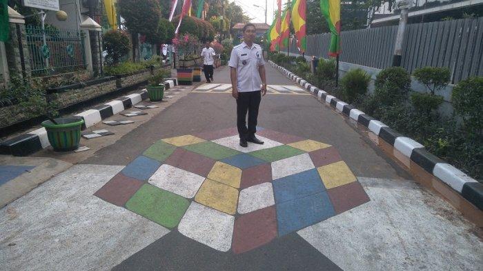 HUT DKI Jakarta ke 492, Cipinang Melayu Bangun Taman Instagram - lurah-cipinang-melayu-agus-sulaeman.jpg