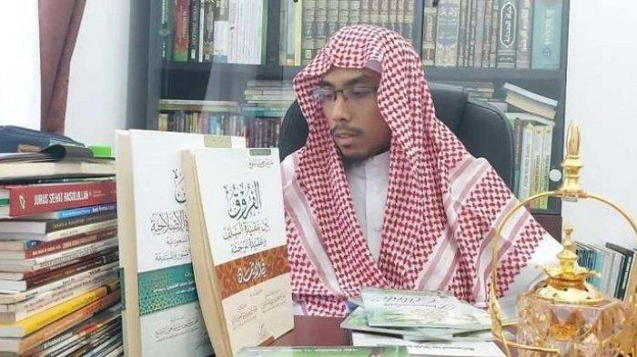 Jadi Tersangka, Maaher At-Thuwailibi Dilaporkan oleh Husin Shahab karena Diduga Hina Habib Luthfi