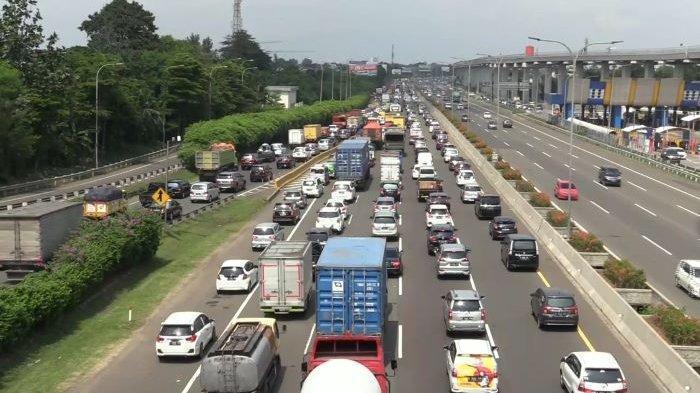 Lalu Lintas di Tol Jagorawi Arah Bogor Macet Parah, Antrean Kendaraan Mengular hingga 12 Kilometer