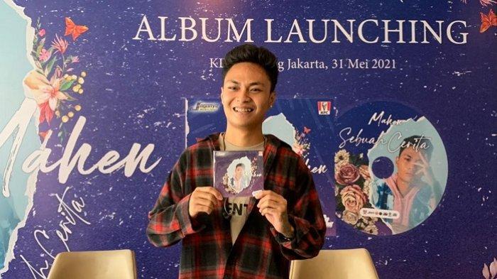 Rilis Album Perdana, Penyanyi Mahen Pacari Pesepakbola Cantik yang Main Untuk Persija, Siapa Dia?