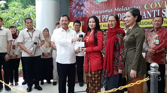 VIDEO: Sembuh dari Virus Corona, Pasien 01, 02 dan 03 Dapat Jamu Ramuan dari Presiden Jokowi