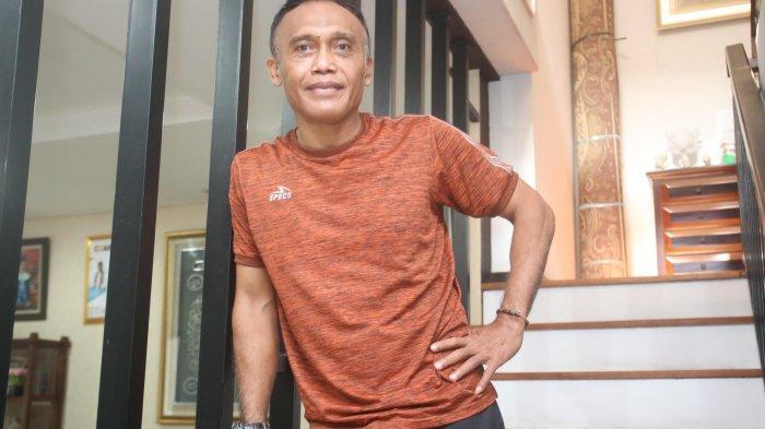 Mengenal Peri Sandria, Anak Kampung yang Menjadi Legenda Sepak Bola Indonesia