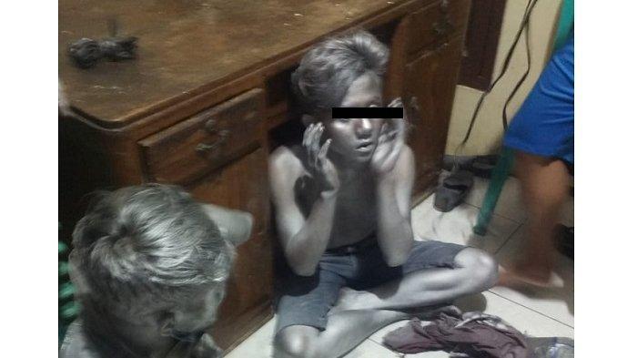 Dua Manusia Silver Ngamen Sambil Curi Motor Warga Ditangkap Polisi di Kembangan, Dua Kali Beraksi