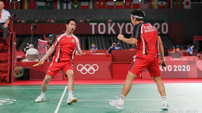 Unggulan pertama ganda putra Marcus Gideon/Kevin Sanjaya gagal ke semifinal setelah ditundukan ganda Malaysia Aaron Chia/Soh Wooi Yik dua gim langsung 14-21, 17-21.