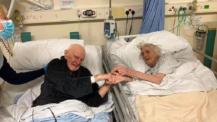 FOTO Memilukan, Pasangan Menikah 70 Tahun Gandengan Tangan sebelum Meninggal Bersama karena Covid-19