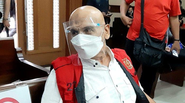 Aktor Mark Sungkar saat di Pengadilan Tipikor untuk menjalani sidang kasus dugaan korupsi atau penggelapan dana triatlon, Selasa (9/3/2021).