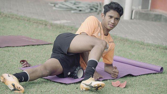 Marselino Ferdinan Gelandang Muda Persebaya dan Timnas U-16 Mulai Pulih dari Cedera Engkel