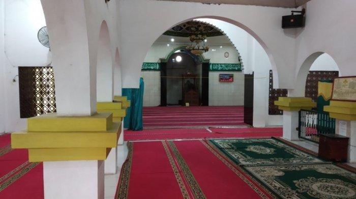 Tiga Pohon Kurma Misterius di Masjid Al Mukaromah Kampung Bandan