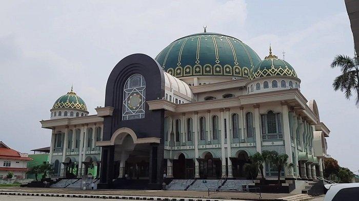 Masjid Jami At-Taqwa Ujung Harapan, Jadi Simbol Perjuangan Pahlawan Nasional KH Noer Alie