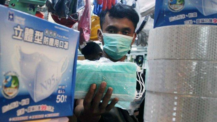 Pakai Masker Bedah dan Kain Sekaligus, Efektivitas Cegah Virus Naik Jadi 80 Persen