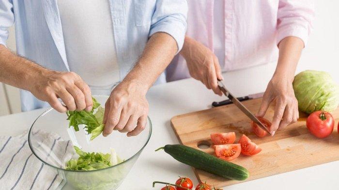 Bosan Terlalu Lama di Rumah? Chef Andry Abboud Bagikan Tips biar Aktivitas Memasak Jadi Menyenangkan