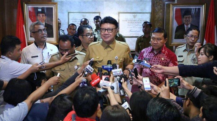 Banyak Warga Belum Rekam KTP Elektronik, Tjahjo Kumolo Mengaku Ditegur Jokowi