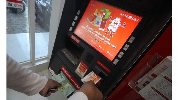 Mesin ATM Bank DKI masih menyediakan uang pecahan Rp 20.000 bagi para nasabahnya.