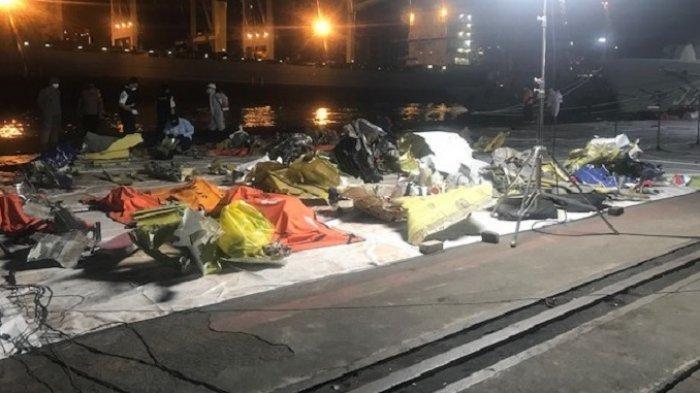 Sabtu Sore, Tim SAR Kembali Kumpulkan 17 Kantong Bagian Tubuh Korban SJ 182