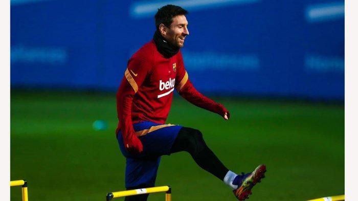 Lionel Messi masih berlatih bersama rekannya di Barcelona