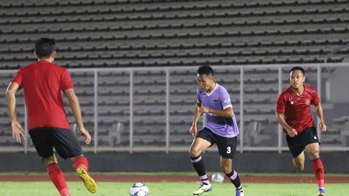 Ini Tantangan Bek Persita Miftah Anwar Sani kepada Frets Butuan di Liga 1 2020