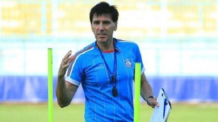 Milan Petrovic Tidak Ingin Dianggap Musuh oleh Aremania