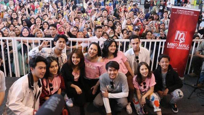 Wow, Hari Pertama Pemutaran di Bioskop Indonesia Film Milea Suara Dari Dilan Ditonton 404.000 Orang!