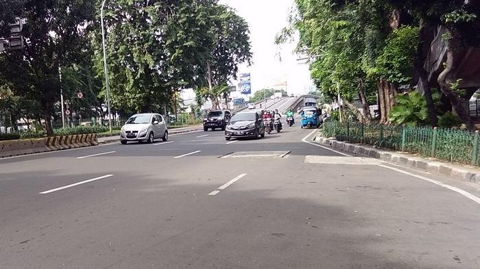 Minggu Sore Sejumlah Jalan Protokol Jakarta Barat Sepi