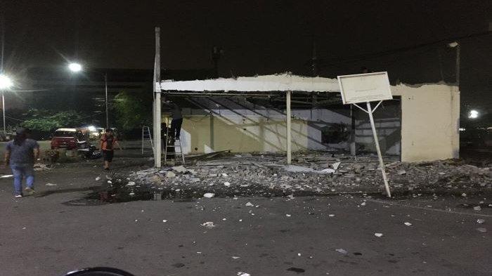 Tak Kantongi Izin, Bangunan Minimarket Ilegal di Terminal Depok Dibongkar Saat Sepi