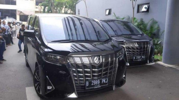 Polda Jatim Periksa Ari Sigit dan Sita Dua Mobil Toyota Alphard dari Keluarga Cendana