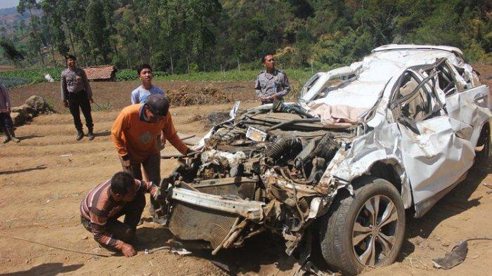Pengemudi Honda CRV yang Mobilnya Terjun ke Jurang Meninggal Dunia Setelah Kritis Seminggu