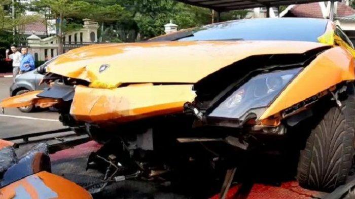 TERUNGKAP Selain Catut Nama Orang, Pemilik Lamborghini Aksi Koboi Tunggak Pajak Mobil