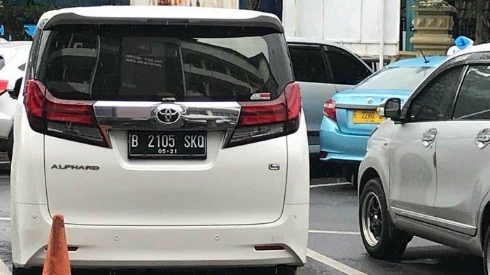 Setia Dampingi Ahmad Dhani, Mulan Jameela Juga Menginap di Polres Jakarta Selatan