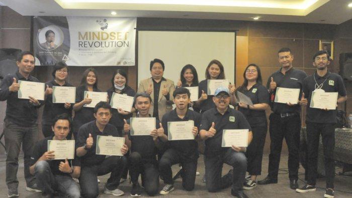 PT. Fintek Modalmu Bersatu Bersama Jaring Training Gelar One Day Training Mindset Revolution