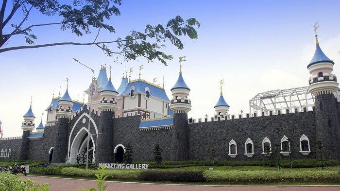 Marketing Gallery Modernland Cilejit yang dibangun dengan desain yang unik mirip seperti Istana Disneyland. Rencananya Grand Opening Marketing Gallery Modernland Cilejit akan dilakukan segera pada akhir 2020.