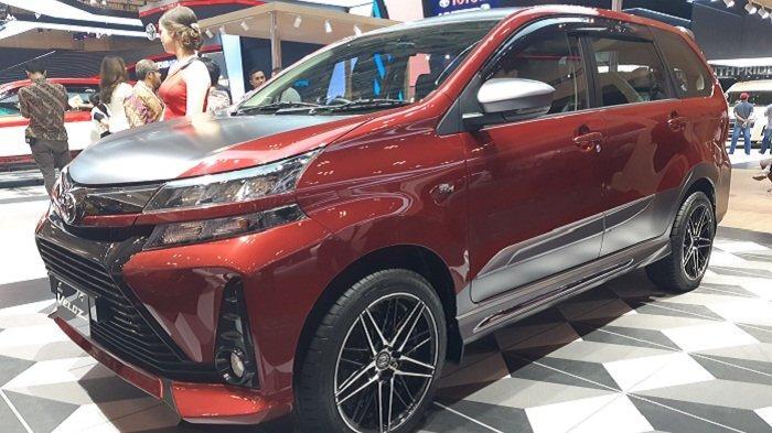 Tampilan modifikasi Toyota Avanza Veloz dengan dual tone, merah dan silver metalic, di GIIAS 2019.
