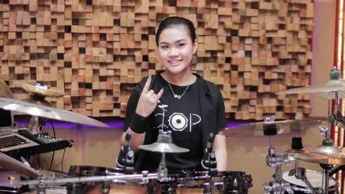Drumer Monica Kezia Pecahkan Rekor MURI Main Drum Selama 22 Jam, Donasi Disumbangkan ke Panti Asuhan