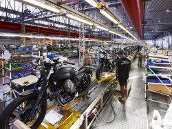 Moto Guzzi Berkomitmen Hadirkan Motor Desain Klasik dengan Detail dan Presisi Tingkat Tinggi