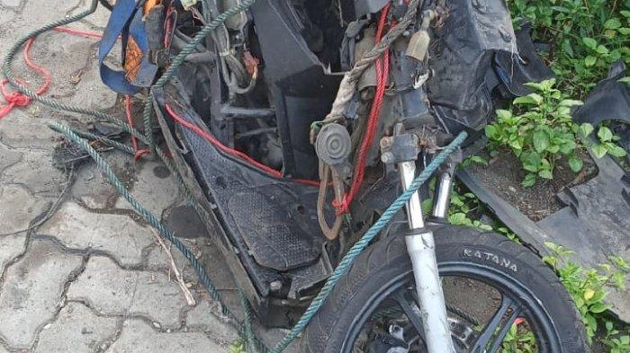 Pengendara Motor Tewas Tertabrak Kereta di Kebon Jeruk setelah Terobos Perlintasan Kereta
