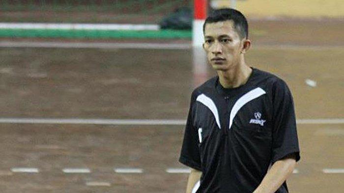 Muhamad Arif pelatih tim bola tangan PON DKI Jakarta harus merubah program latihan karena adanya PPKM Jawa-Bali