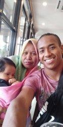 Di Hari Ibu, Bek Persita Muhammad Toha Ingin Buatkan Rumah untuk Sang Bunda