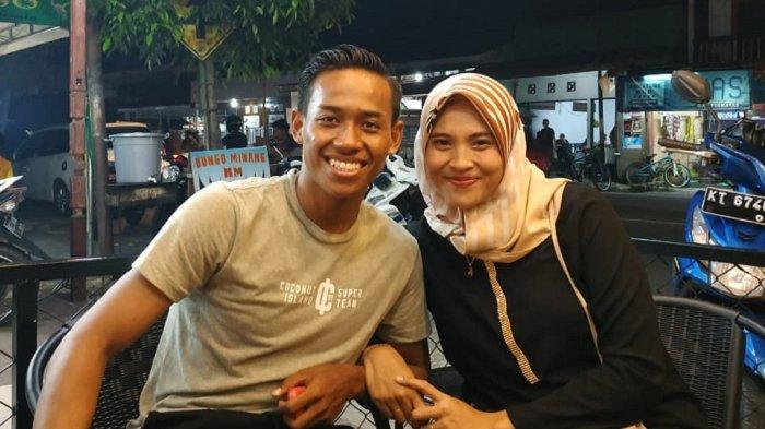 Muhammad Toha dan istri