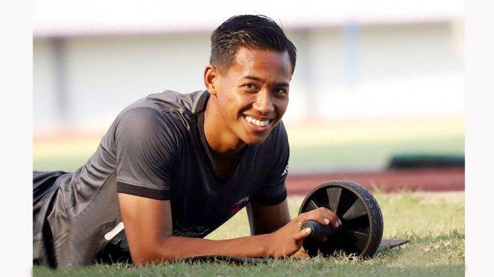 Jelang Piala Menpora 2021, Bek Kanan Persita Muhammad Toha Ajak Fans Menjaga Kepercayaan Kepolisian