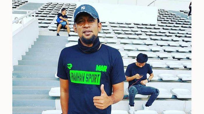 Mukti Ali Raja Pelatih Kiper Persita Tangerang Berencana Jualan Es Pisang Ijo Seperti Tahun Lalu
