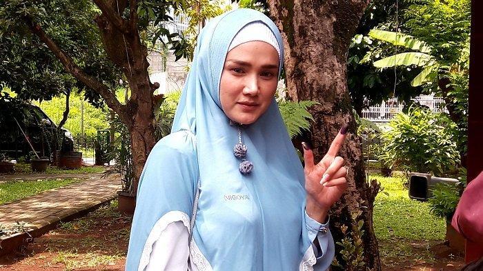 Jelang Pelantikan Anggota DPR, Mulan Jameela Jalani Kemah Pembekalan Hingga Belajar 4 Pilar