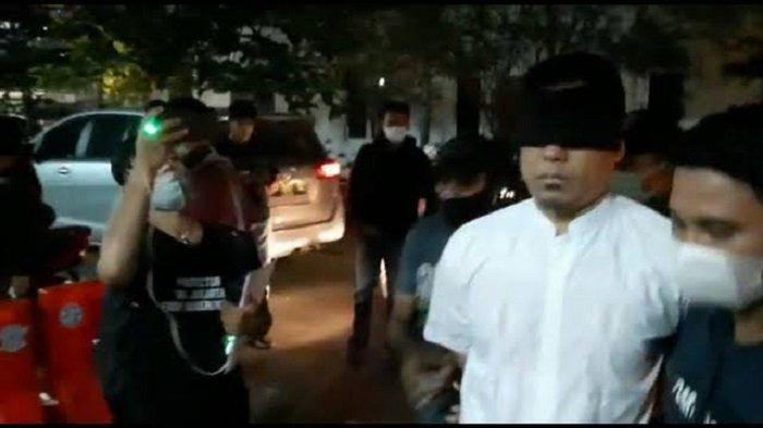Penyidik Densus 88 Masih Dalami Keterlibatan Munarman Dalam Aksi Terorisme
