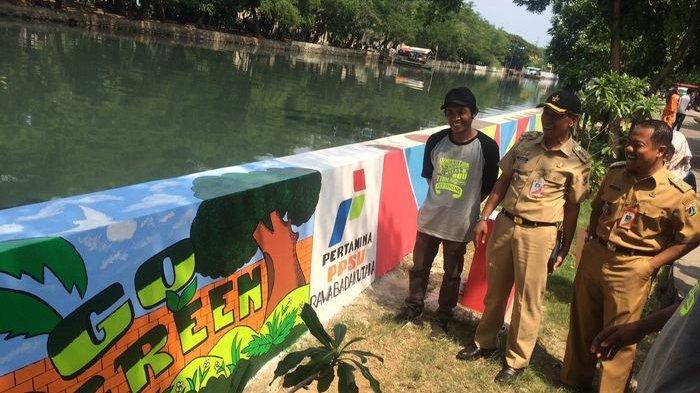 mural-di-tanggul_1.jpg