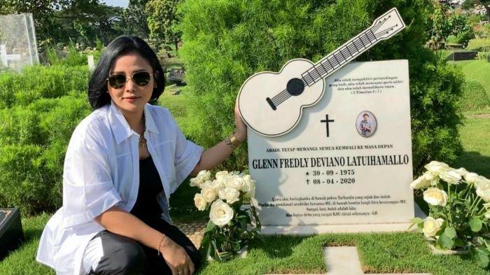 Mutia Ayu Bakal Simpan Kenangan Glenn Fredly Selamanya di Hati, Peringatan Satu Tahun Wafat